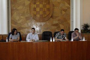 LokalnaHrvatska.hr Virovitica Predstavljen Prijedlog Programa raspolaganja poljoprivrednim zemljistem u vlasnistvu drzave na podrucju Grada Virovitice