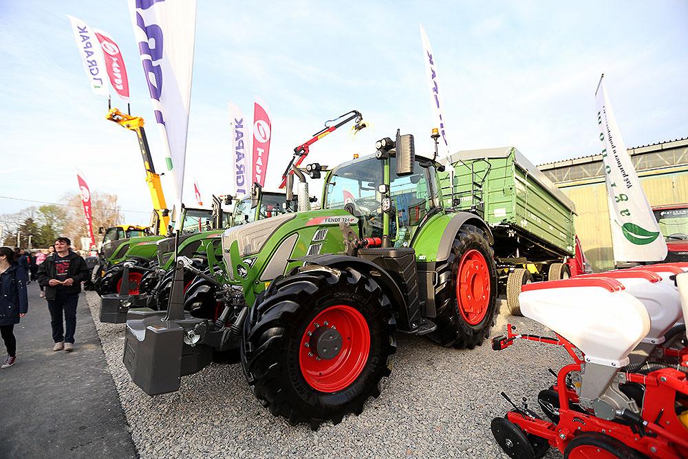 naj-traktor-1