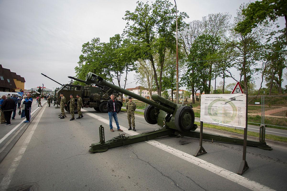 81-vojna-oprema-i-krila-oluje-2