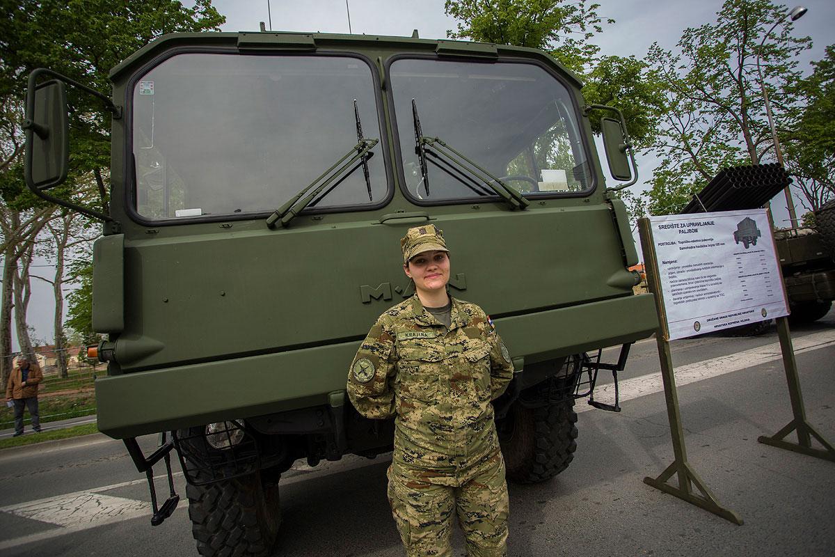 81-vojna-oprema-i-krila-oluje-30