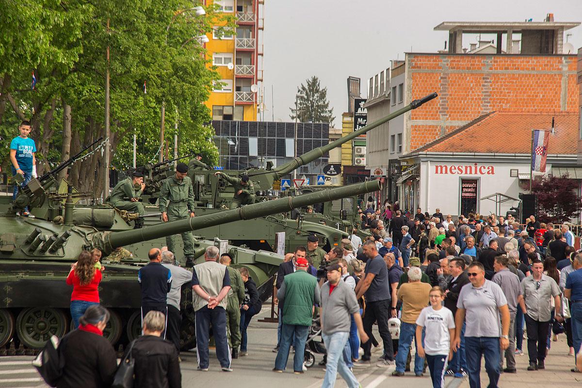 81-vojna-oprema-i-krila-oluje-38